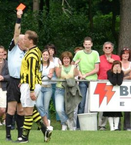 Rood in de slotfase voor Lennart Nederkoorn. (foto Theo van Sambeek)