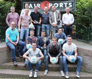 SV Valkenswaard mocht al vijftig ballen af komen halen op de Trompettercup-prijsuitreiking.